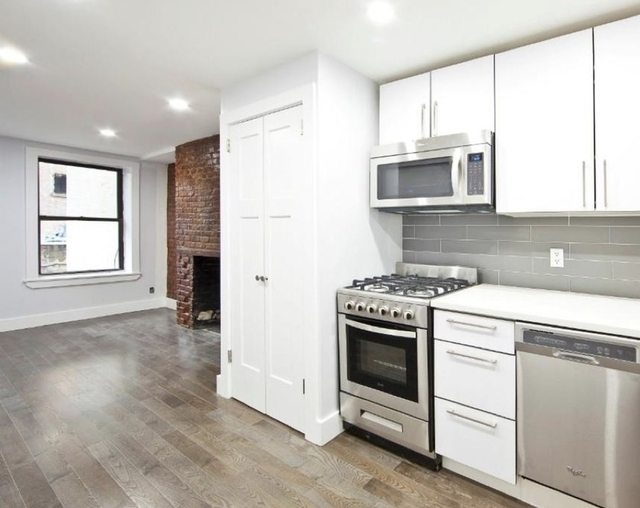2 Bedrooms, Alphabet City Rental in NYC for $4,095 - Photo 1