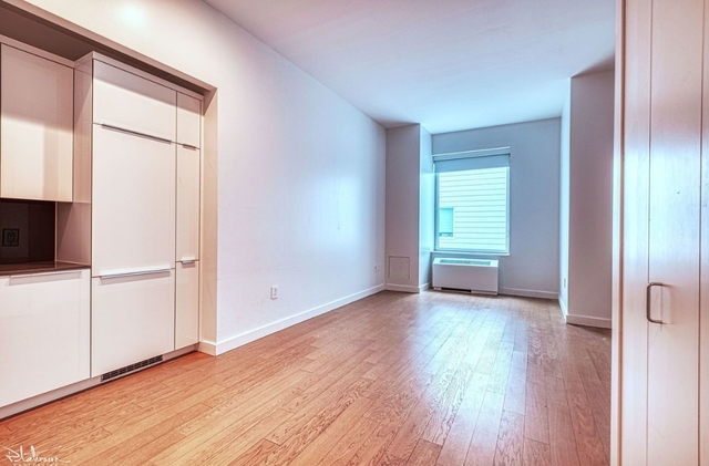 Studio, Financial District Rental in NYC for $3,051 - Photo 2