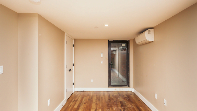 1 Bedroom, Williamsburg Rental in NYC for $2,999 - Photo 2