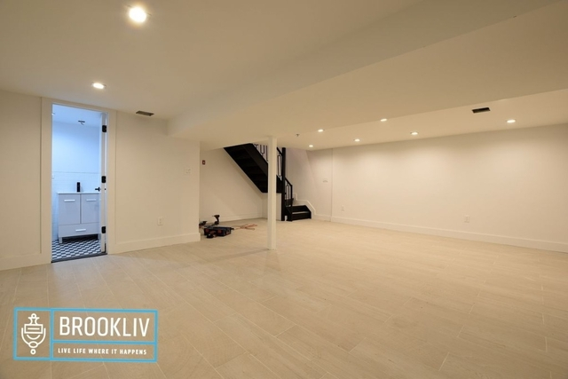 Room, Ridgewood Rental in NYC for $1,090 - Photo 1