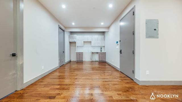 3 Bedrooms, Weeksville Rental in NYC for $2,995 - Photo 2