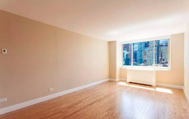 Studio, Lincoln Square Rental in NYC for $3,250 - Photo 1