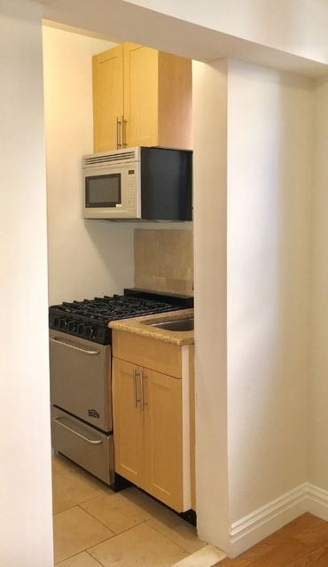 Studio, Chelsea Rental in NYC for $3,250 - Photo 2