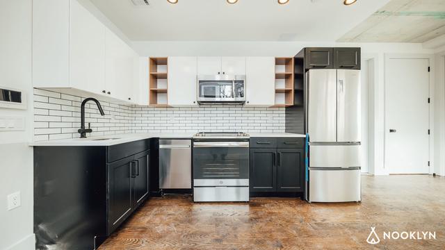 2 Bedrooms, Astoria Rental in NYC for $3,020 - Photo 2
