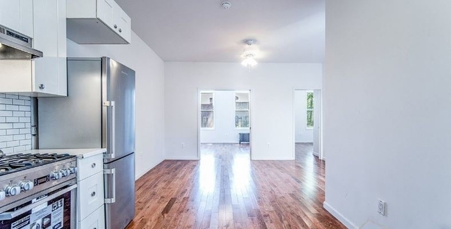 3 Bedrooms, Sunset Park Rental in NYC for $3,000 - Photo 2