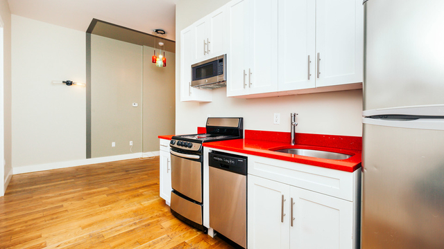 3 Bedrooms, Bushwick Rental in NYC for $3,140 - Photo 1