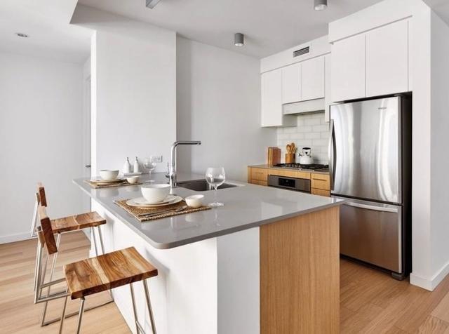 1 Bedroom, Astoria Rental in NYC for $3,025 - Photo 1