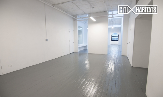 3 Bedrooms, Tribeca Rental in NYC for $7,900 - Photo 2
