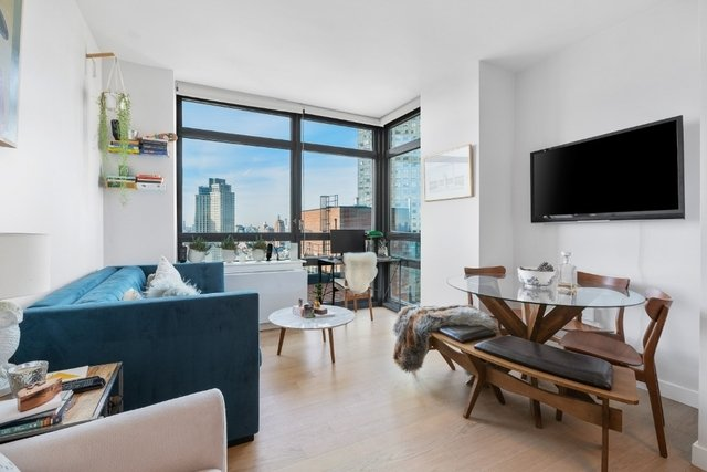 1 Bedroom, Long Island City Rental in NYC for $3,499 - Photo 1