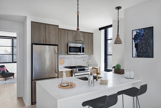 2 Bedrooms, Hell's Kitchen Rental in NYC for $6,412 - Photo 1
