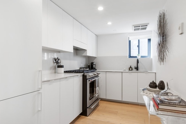 2 Bedrooms, Chelsea Rental in NYC for $7,137 - Photo 1