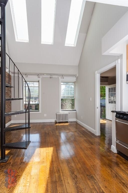 3 Bedrooms, Hell's Kitchen Rental in NYC for $5,995 - Photo 1