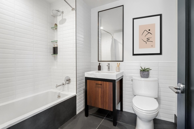 1 Bedroom, Clinton Hill Rental in NYC for $2,865 - Photo 2