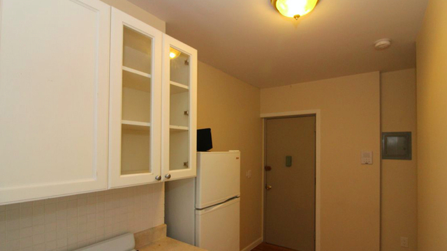 Studio, Greenpoint Rental in NYC for $1,850 - Photo 2