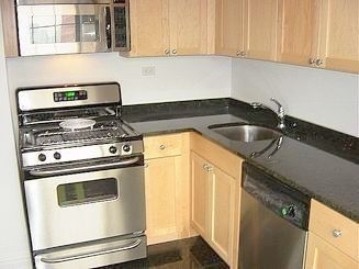 1 Bedroom, Carnegie Hill Rental in NYC for $2,675 - Photo 2