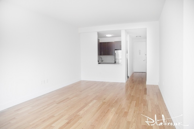 2 Bedrooms, Financial District Rental in NYC for $4,574 - Photo 2