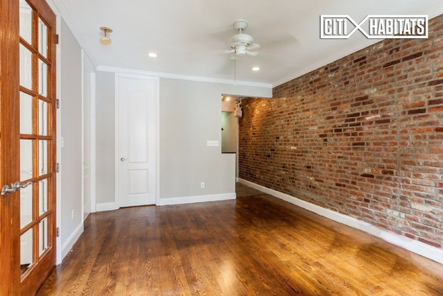 3 Bedrooms, Gramercy Park Rental in NYC for $5,495 - Photo 2