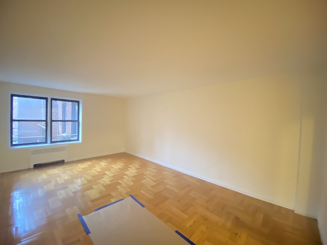 2 Bedrooms, Woodlawn Heights Rental in NYC for $2,300 - Photo 1