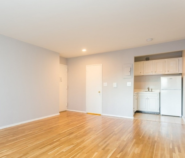 Studio, Yorkville Rental in NYC for $2,466 - Photo 1