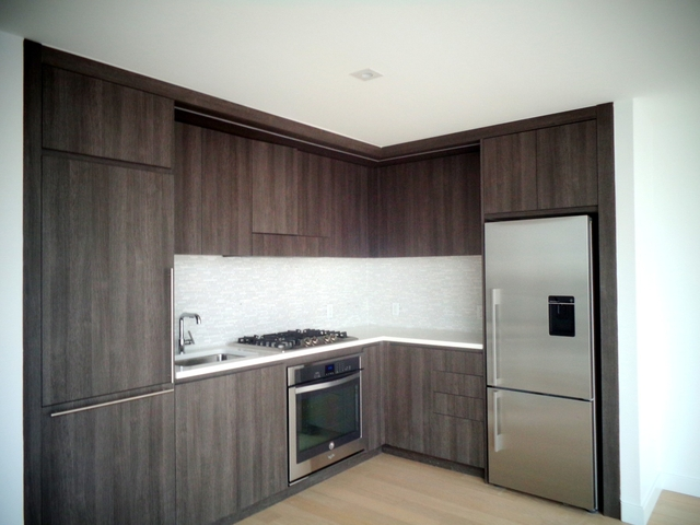 2 Bedrooms, Hell's Kitchen Rental in NYC for $7,250 - Photo 2