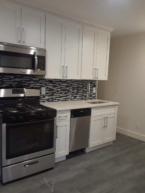 2 Bedrooms, Woodside Rental in NYC for $2,800 - Photo 1