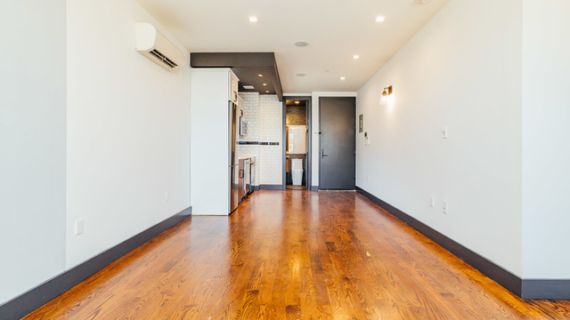 2 Bedrooms, Flatbush Rental in NYC for $2,230 - Photo 2