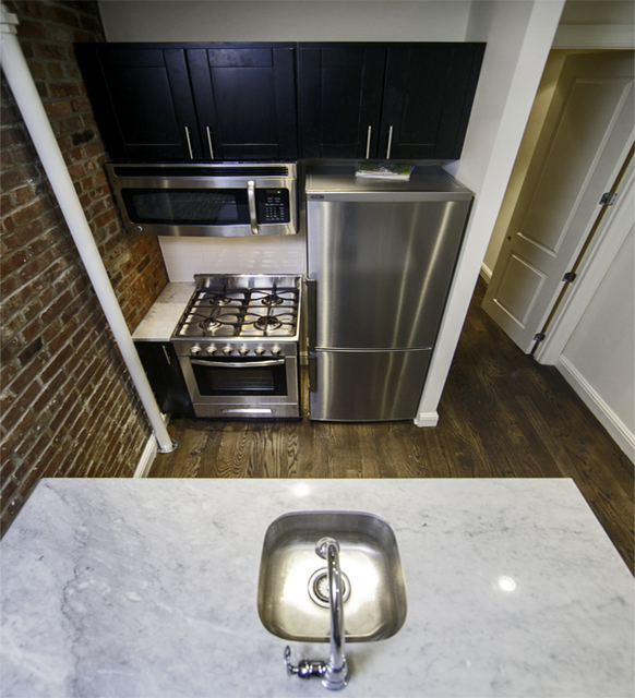 1 Bedroom, Upper East Side Rental in NYC for $3,025 - Photo 2