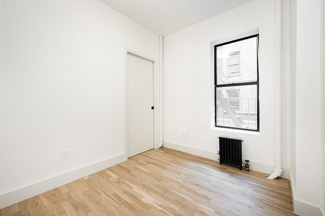 1 Bedroom, West Village Rental in NYC for $3,378 - Photo 2