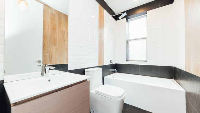 3 Bedrooms, Bushwick Rental in NYC for $3,022 - Photo 2