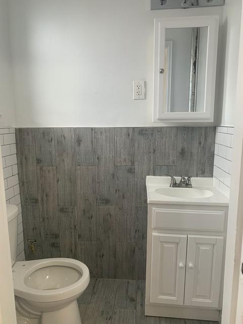 3 Bedrooms, Flatlands Rental in NYC for $2,540 - Photo 2