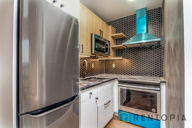 Room, Bushwick Rental in NYC for $1,145 - Photo 1