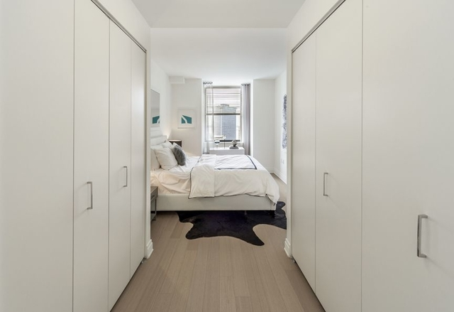 2 Bedrooms, Financial District Rental in NYC for $6,385 - Photo 1