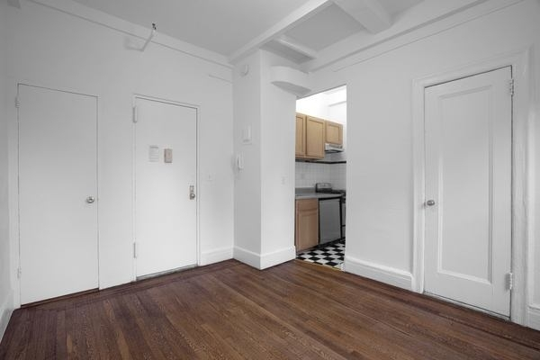 1 Bedroom, Lincoln Square Rental in NYC for $0 - Photo 1