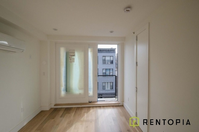 4 Bedrooms, Greenpoint Rental in NYC for $5,200 - Photo 2