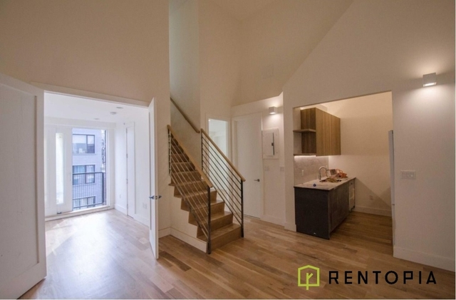 4 Bedrooms, Greenpoint Rental in NYC for $5,200 - Photo 1