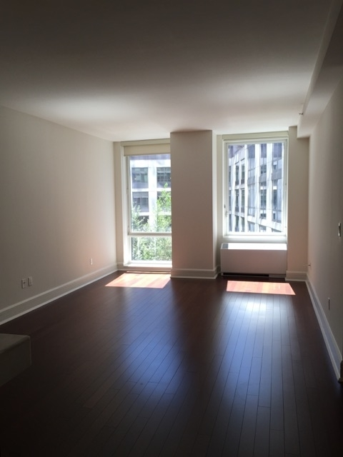 1 Bedroom, Lincoln Square Rental in NYC for $3,589 - Photo 2