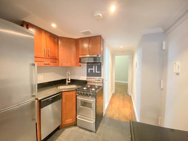 2 Bedrooms, NoLita Rental in NYC for $4,495 - Photo 2
