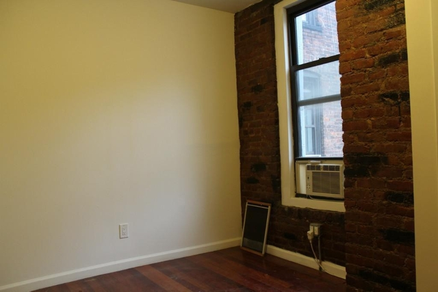 3 Bedrooms, West Village Rental in NYC for $4,850 - Photo 2