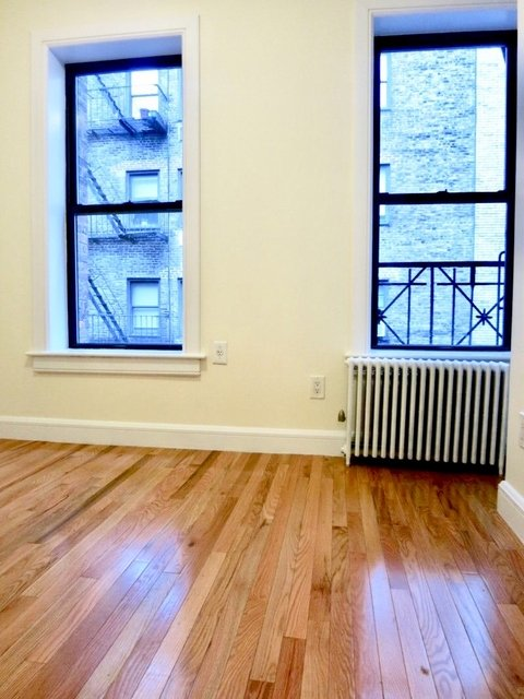 1 Bedroom, Yorkville Rental in NYC for $2,350 - Photo 2