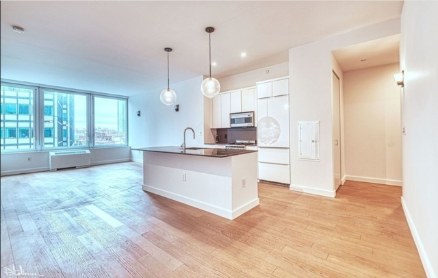 3 Bedrooms, Financial District Rental in NYC for $7,453 - Photo 2