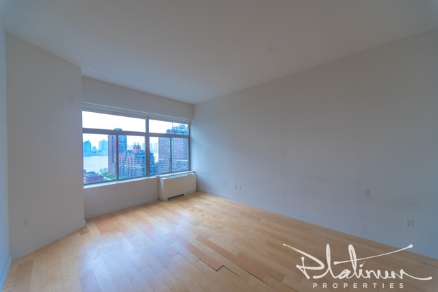 Studio, Financial District Rental in NYC for $4,444 - Photo 1