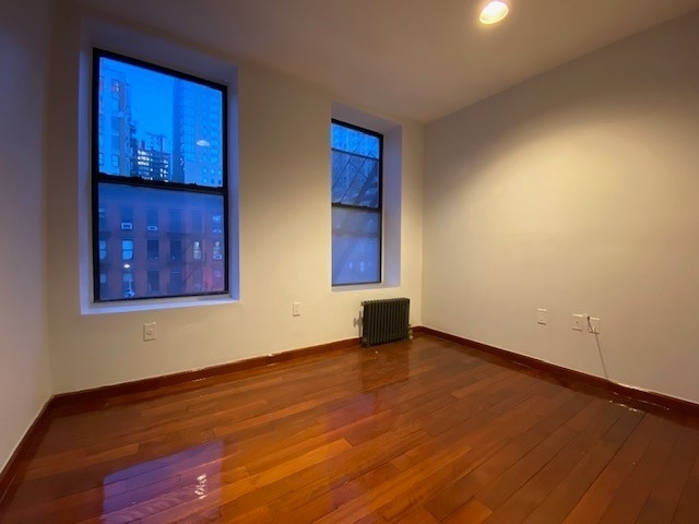 2 Bedrooms, Hell's Kitchen Rental in NYC for $2,403 - Photo 2