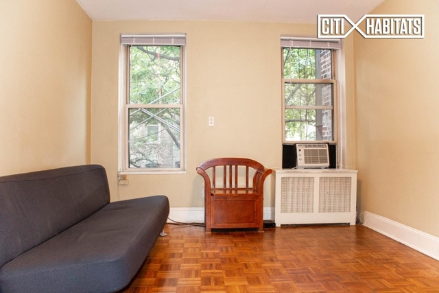 1 Bedroom, West Village Rental in NYC for $4,000 - Photo 2