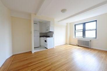 Studio, Manhattan Valley Rental in NYC for $2,015 - Photo 2