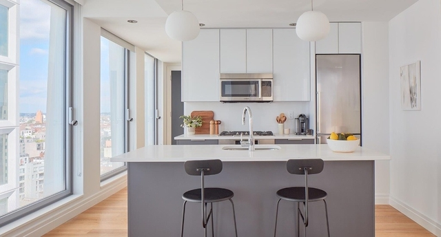 2 Bedrooms, Williamsburg Rental in NYC for $5,889 - Photo 2
