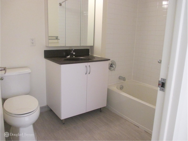 2 Bedrooms, Downtown Brooklyn Rental in NYC for $4,639 - Photo 2