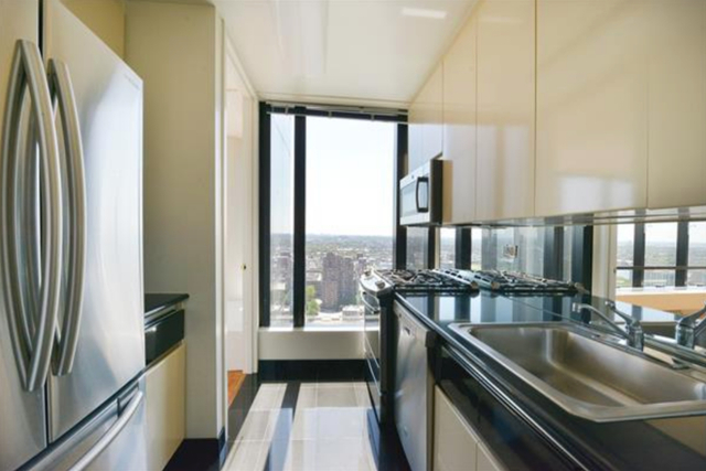 2 Bedrooms, Upper East Side Rental in NYC for $6,500 - Photo 2