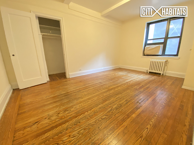 2 Bedrooms, Greenwich Village Rental in NYC for $3,675 - Photo 2