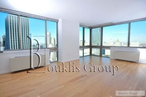 2 Bedrooms, Financial District Rental in NYC for $4,966 - Photo 1