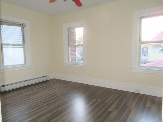 3 Bedrooms, East Flatbush Rental in NYC for $2,600 - Photo 2